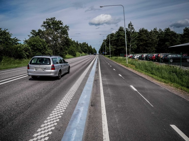 Sweden-cycling-lane