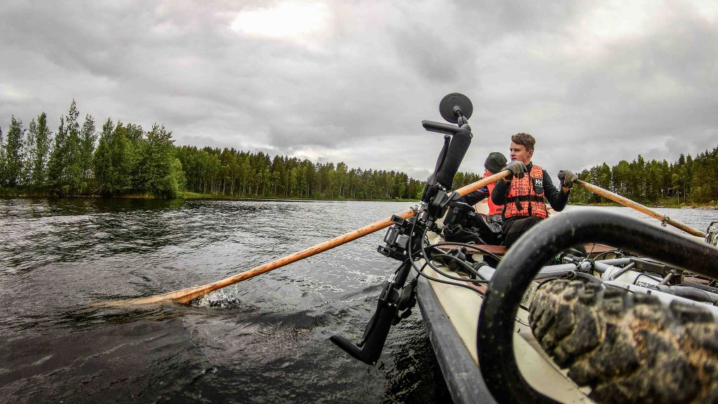 Finland-rowing-boat-bike