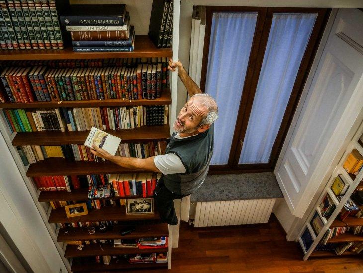 Read Francesco's books (Napoli - Italy)