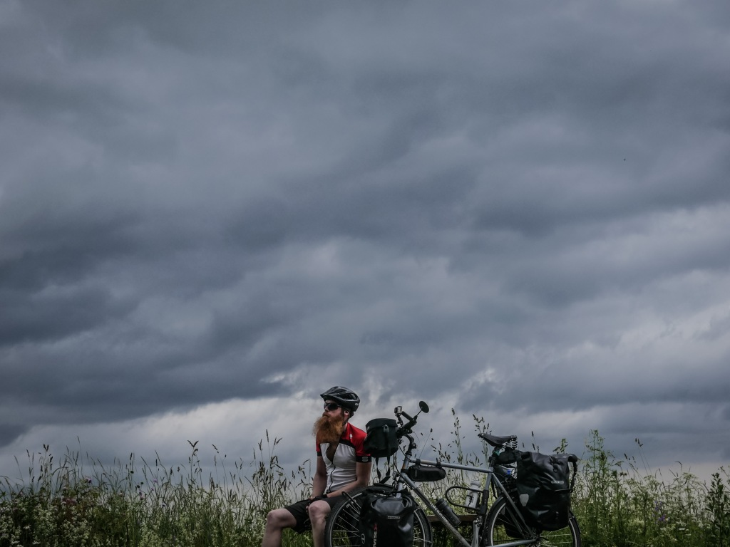 Jean-Dujardin-bike-Estonia