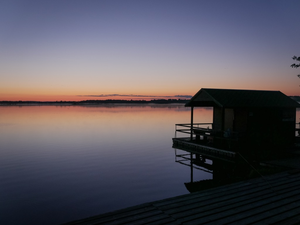 Latvia-lake-lielauce-sunset
